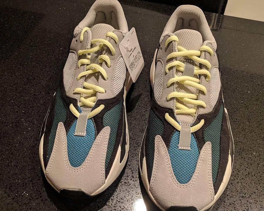 Adidas Yeezy Wave Runner 700