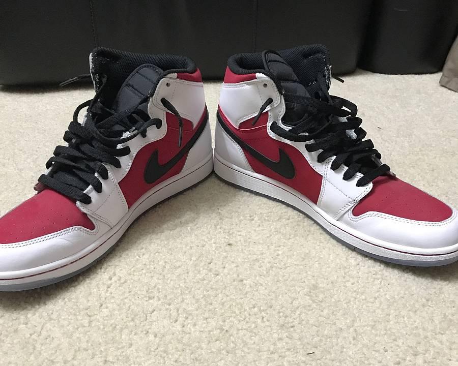 Nike Retro 1 Carmine